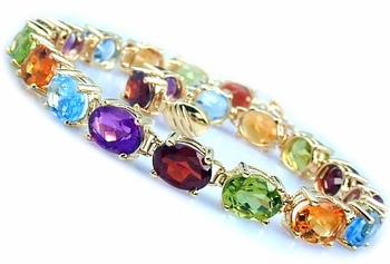 A Bracelet of Colored Gems